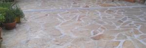 Allée principale en Gneiss, pose en opus incertum